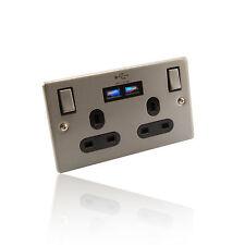 Forma 2/2 Gang Reino Unido alimentación y Twin 2 Amp Enchufe USB/Placa De Pared-Cromo Cepillado