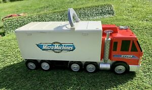 VINTAGE MICRO MACHINES OTTO'S BIG CITY TRUCK CARRY CASE GALOOB Play Scene