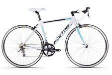 Bicicletas blancos de aluminio