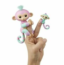 Fingerlings WowWee Monkey Ashley & Chance 40 Touch Motion Sound Interactive Pet