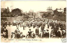 OLD PHOTO POSTCARD London England CHANGING GUARD 1913