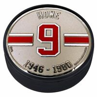 Gordie Howe Detroit Red Wings 3D Textured Silver Plated Medallion Hockey Puck