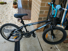 Mongoose Shield trick bike BMX. Black and blue. Like new condition.