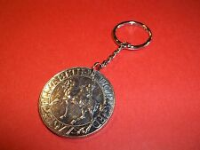 QE2 SILVER JUBILEE COMMEMORATIVE CROWN COIN KEY RING / CHAIN FROM 1977