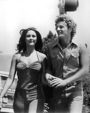 Bobbie Jo And The Outlaw Lynda Carter 8x10 Photo (20x25 cm approx)