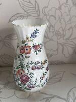 vintage wedgwood Avebury 1990 Bone China Vase Swirled Collectable England