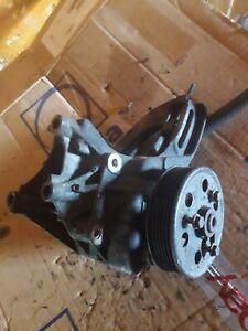 Renault Trafic 7700105710b steering pump  T1100 1989 947776