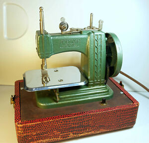 Betsy Ross vintage toy sewing machine