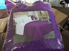Full Size Comforter. Purple