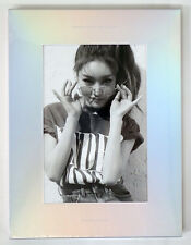 CHUNGHA - Hands On Me (1st Mini Album) CD+Paper Toy+Folded Poster+Tracking no.