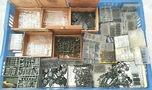 Roco Minitanks HO 1:87 SPARE PARTS LOT Army Tank Truck Weapons Over 2.000 Pieces