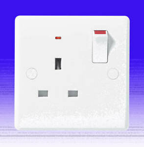 1 Gang Single Pole 13Amp Switched Socket With Neon