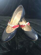 Vintage 40s Two Tone Peter Pan Babydoll Heels Size 6 Carousels Paramount