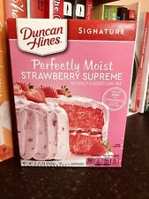 Duncan Hines Signature Perfectly Moist Strawberry Supreme 15.25 OZ