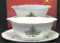 Nikko Happy Holidays GRAVY BOAT with PLATE  Stand  underplate Christmas  sauce