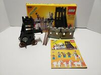 Vintage LEGO Legoland 6061 Siege Tower 90% Complete Box & Instructions 1984
