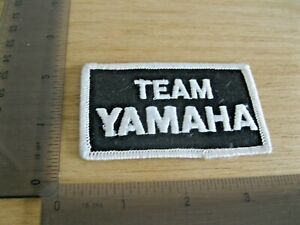 TEAM YAMAHA BLACK WHITE MOTORCYCLE PATCH BADGE VINTAGE 1980S SEW OR IRON ON DN