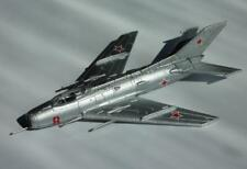 MiG-9 or Mig-19 or Mig-21 Soviet Airplane Die Cast model DeAgostini 32 41 4