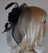 Fascinator cabello negro clip boda pelo joyas flor plumas red velo nuevo