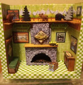 """Mary Engelbreit """"A Little Dab"""" NUTTY FOLK GATHER INN Dollhouse Miniatures 1:48"""