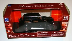 1937 Chevy Master Deluxe Town Sedan 1:32 Die Cast Classic Collection