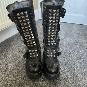 New Rock Boots Size 40