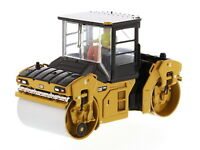 1/50 DM Caterpillar Cat CB-13 Tandem Vibratory Roller with Cab Model Toy #85595