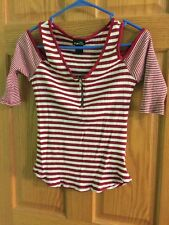 Womens Size Small Rue21 Cold Shoulder Tee ( BinH)