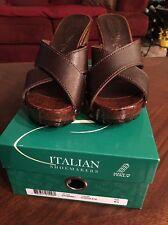 NEW Italian Shoemaker Caterina Sandle Wood heel Leather Chocolate brown NIB