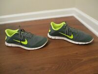 Used Worn Size 11.5 Nike Free Run 4.0 V3 Shoes Olive Volt White