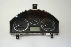 08 09 Land Rover LR2 Speedometer Cluster MPH And KPH With Trip Computer
