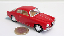 Solido : Alfa Romeo Giulietta Sprint,   rot,    1:43   (8983)
