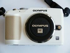 Olympus PEN E-PL2 in superb condition - White (Body Only)