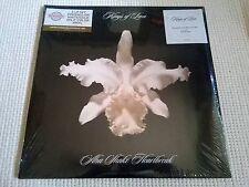 """KINGS OF LEON """" AHA SHAKE HEARTBREAK """" 2 LP WHITE/GOLD VINYL NUMBERED 013 SEALED"""