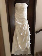 BEAUTIFUL Vintage Ivory Demetrios Wedding Dress - Strapless - Ruched - Size 10