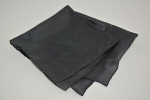 NEW HAND ROLLED SMALL 100% SILK GRAY ACCESSORIE Pocket Square Handkerchief