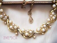 VINTAGE 1950s CORO JEWELCRAFT FAUX PEARL PANEL  CLASSIC NECKLACE SPECIAL GIFT