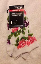 women's low cut novelty fashion socks 9-11 Pretty Rose Floral white
