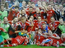 FC Bayern München World Champion Echtfoto Championsleague Teamfoto 2013 BVB 09