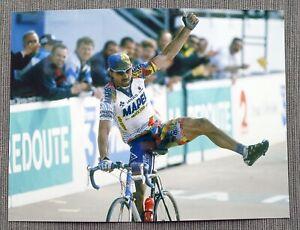 Pressefoto Johan Museeuw 20 x 15cm, Paris - Roubaix 2000