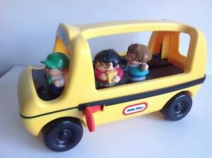 Little Tikes School Bus with Driver and Passengers Yellow School Bus Push Along