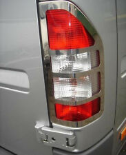 Chrome Arrière Queue Lumière Trim Covers Set pour s'adapter MERCEDES-BENZ SPRINTER (2000-06)