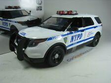 FORD POLICE INTERCEPTOR SUV  NYPD 1/18 GREENLIGHT