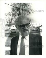1983 Press Photo Jeffrey Miller at the conference for Chemical Waste management