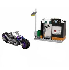 THE LEGO® BATMAN MOVIE - Catwoman's Catcycle Scarecrow's Gyro-Copter 70902 70913