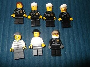 7 X LEGO CITY MINIFIGURES POLICEMEN & CROOK SET 7744 POLICE STATION