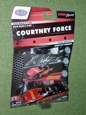 COURTNEY FORCE Advance Auto Parts 1:64  2018 Wave F/C 00 15939 free magnet