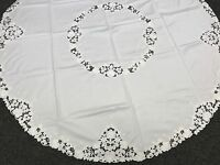 """Elegant Linen Embroidered Embroidery Tablecloth 72x72"""" Round Fabric - White"""