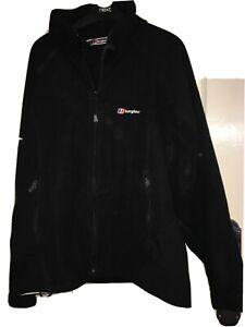 Mens Berghaus Black Choktoi Wind stopper Gore-Tex Size Medium  Fleece Jacket
