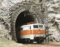 2 Tunnel Portals - OO/HO Railway Scenery Busch 7026 - free post F1
